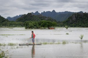 Een visser op het platteland in Vietnam